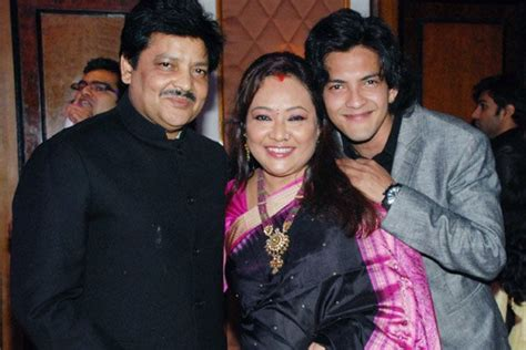 Udit Narayan Family Background Life Details Pictures