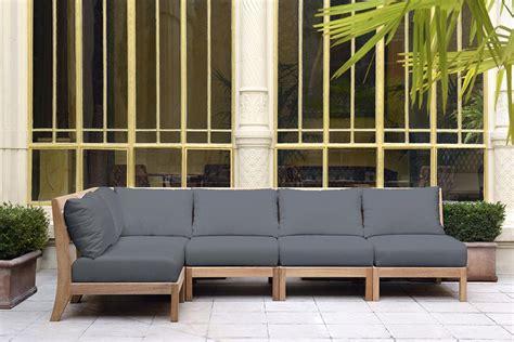 canapé pour terrasse pourquoi choisir un mobilier en teck quand les meubles de