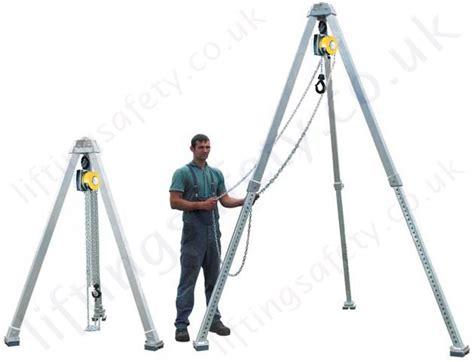 Lightweight Aluminium Tripod Crane - 1000kg SWL ...