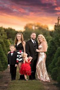 53 best images about photographing families on pinterest for The best short time holiday family pictures ideas