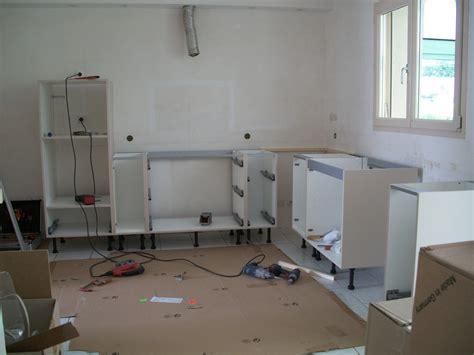 cuisine ikea installation installer plan de travail cuisine installer la prise