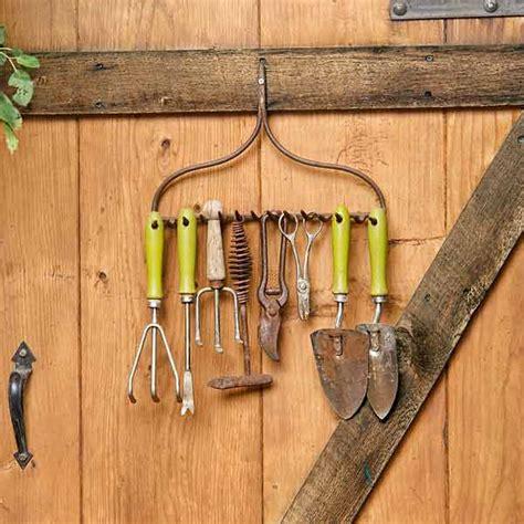 garden tool rack ideas