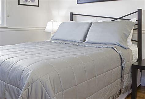 temperature regulating comforter temperature regulating blanket sharper image