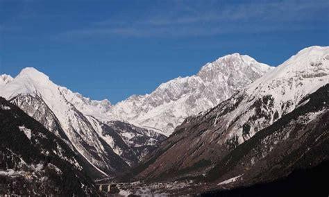 faire le mont blanc une randonneuse de 76 ans trouve la mort dans le massif du mont blanc