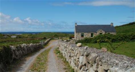 irland cottage kaufen irland ferienhaus am meer irland ferienhaus mit offenem kamin