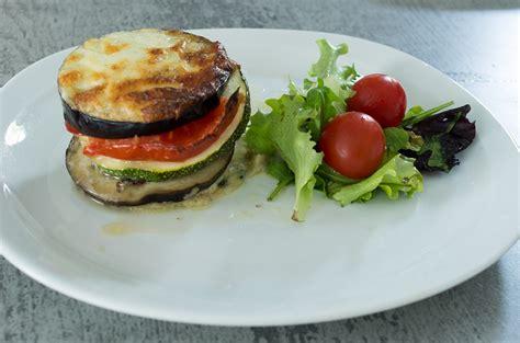millefeuille de legumes  mozzarella les experiences