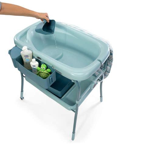 si e de table chicco table à langer avec la baignoire cuddle comfort