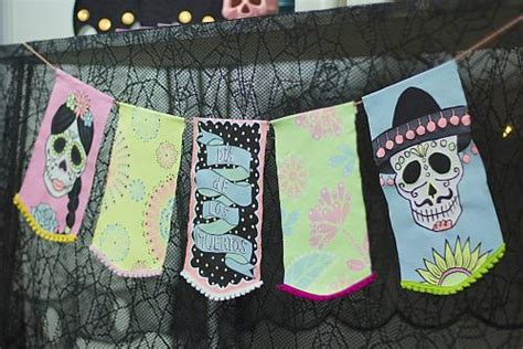 painted day   dead banner project  decoart