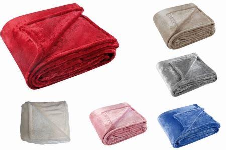 jeté de canapé gris perle plaid couvre lit boutis pas chers chez planète tissus