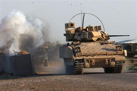 M2/M3 Bradley Fighting Vehicle | Military.com