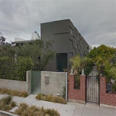 emilia clarkes house  los angeles ca google maps