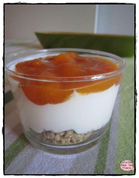 verrine fromage blanc compot 233 e d abricots muesli cuisine chez les tiocs
