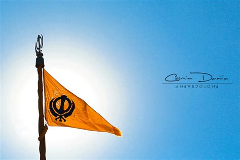 Sikh Animated Wallpaper - khalsa animated flag nishan sahib
