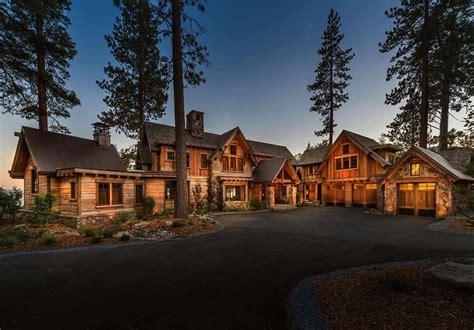 fabulous lakefront mountain cabin nestled   shores