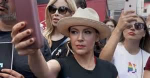 Actress Alyssa Milano Blames Russian Hackers for Initial ...