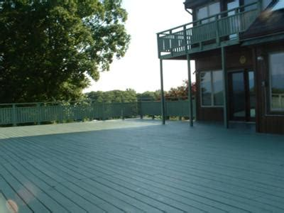 deck staining  practical house painting guide