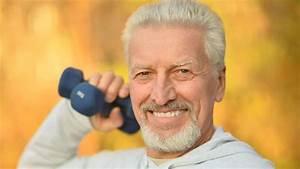 Grundumsatz Berechnen Bodybuilding : stark und fit im alter krafttraining f r senioren training ~ Themetempest.com Abrechnung