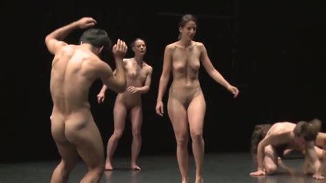 cfnm naked dancing