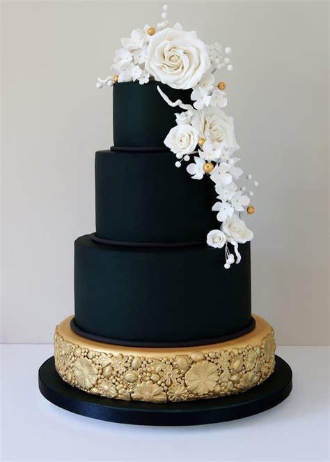 dark wedding cakes  add  gothic inspired flair