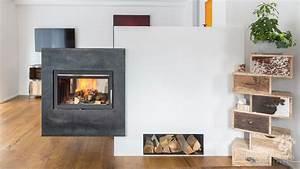 Grundofen Als Raumteiler : moderner durchsichtkamin als raumteiler durchsichtkamin tunnelkamin kamin fireplace modern ~ Sanjose-hotels-ca.com Haus und Dekorationen
