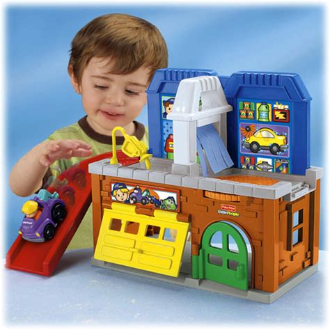 Fisher Price Little People Wheelies Stow N Tow Garage
