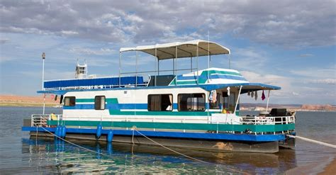 places   houseboat vacation cheapism