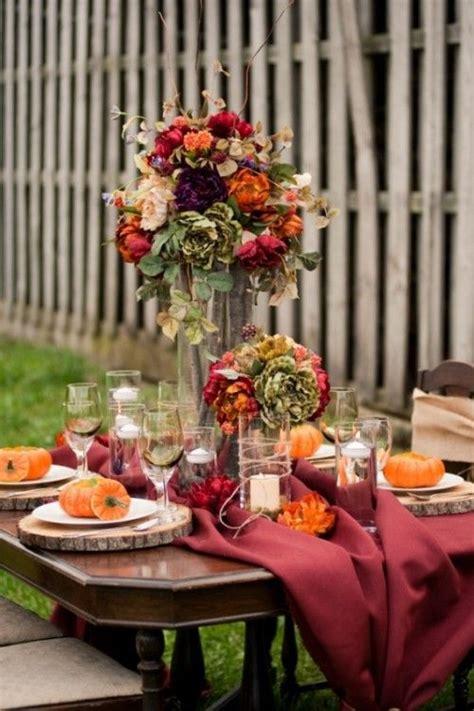 25 Beautiful Fall Wedding Table Decoration Ideas #2053665