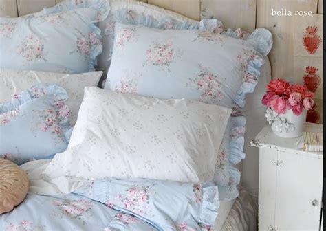 shabby chic doona covers shabby chic 174 tm rachel ashwell queen bed bella rose duvet doona quilt cover new
