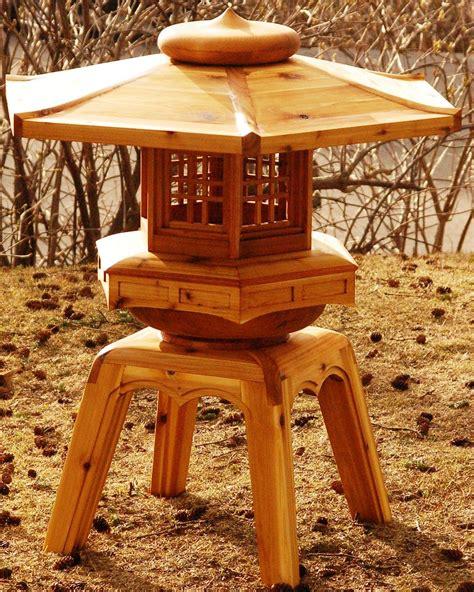 risultati immagini  wooden japanese lantern japanese