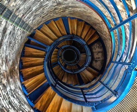 Wendeltreppe Stufenweise Aufwaerts by Aufw 228 Rts Piqs De Bilddatenbank Bilder Kostenlos Und
