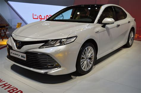 2018 Toyota Camry Hybrid Showcased At The 2017 Dubai Motor