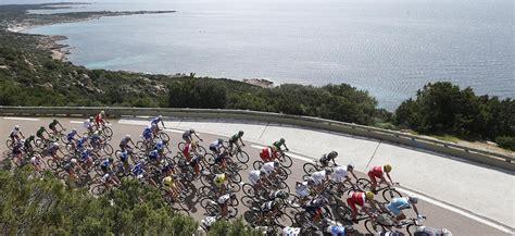 ag2r la mondiale si鑒e social critérium international porto vecchio corsia 2015 ciclismo