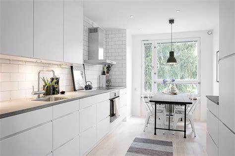 20 Brilliant Ideas for Modern Kitchen Lighting