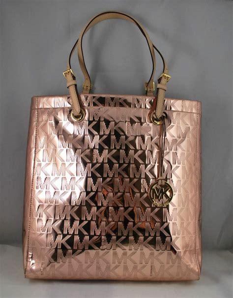 pin  noname    catches  eye ii womens purses purses mirror metallic