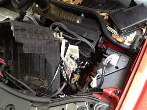 Renault Laguna Under Bonnet Fuse Box
