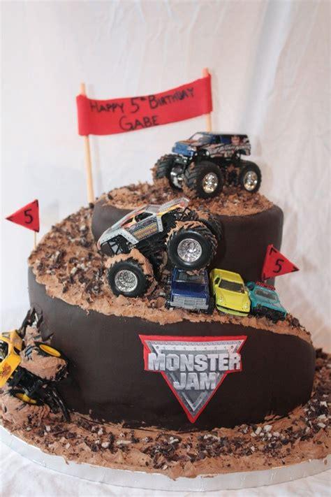 best monster truck videos 25 best ideas about monster truck cakes on pinterest