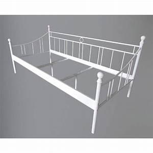 Lit Banquette Metal : lit banquette m tal 90x200cm blanc ~ Teatrodelosmanantiales.com Idées de Décoration