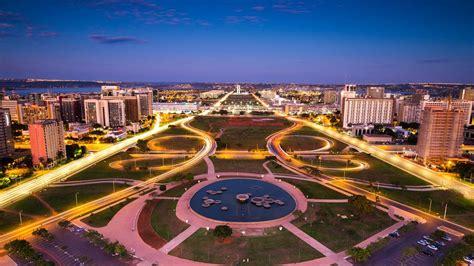 Blue And Green Wallpapers Skyline Of Brasilia Brazil Brendan Van Son Tandem Stills Motion 1 Photo 1 Day