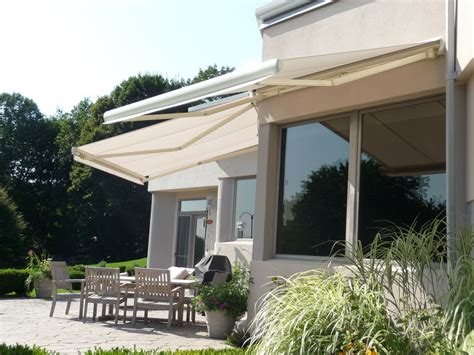 Retractable Awning With Screen