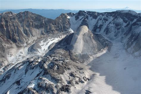 Filewhaleback Mount St Helens Volcanic Crater February