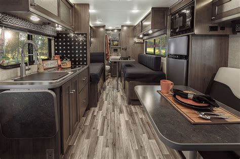 Class C Motorhome Interiors : Ford Transit Based Class C Motorhomes Debut