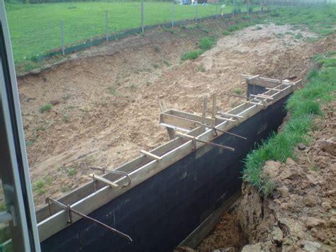 construire une dalle beton exterieur construire une terrasse en beton 4 cr233ation dune terrasse en bois sur mur en parpaing
