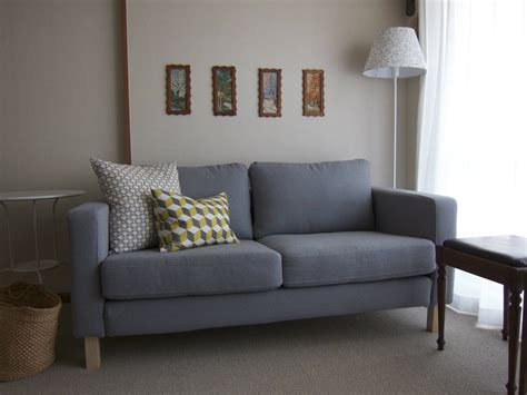 furniture karlstad loveseat     natural