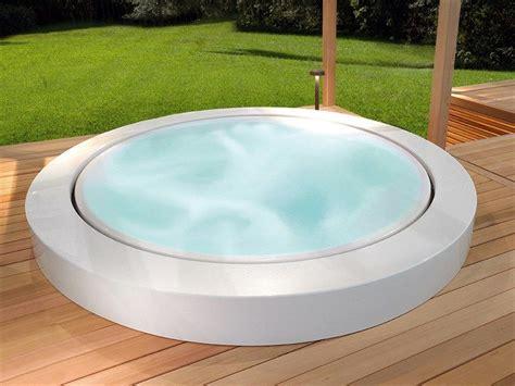 einbau whirlpool outdoor whirlpool einbau badewanne minipool kollektion outdoor by kos by zucchetti design ludovica