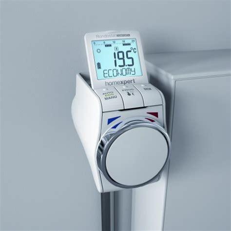 programmierbarer heizkörper thermostat homexpert by honeywell hr30 comfort im test