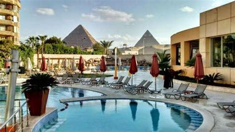 piscina picture of le meridien pyramids hotel spa giza tripadvisor