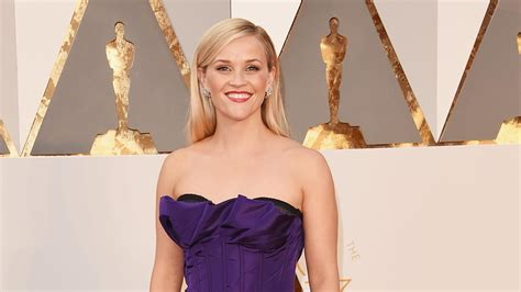 Reese Witherspoon Pitches Ideas for 'Legally Blonde 3 ...