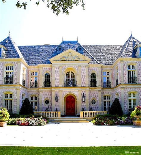 Chateau Style Homes by Chateau Style Exterior Didn T Like The Bricks