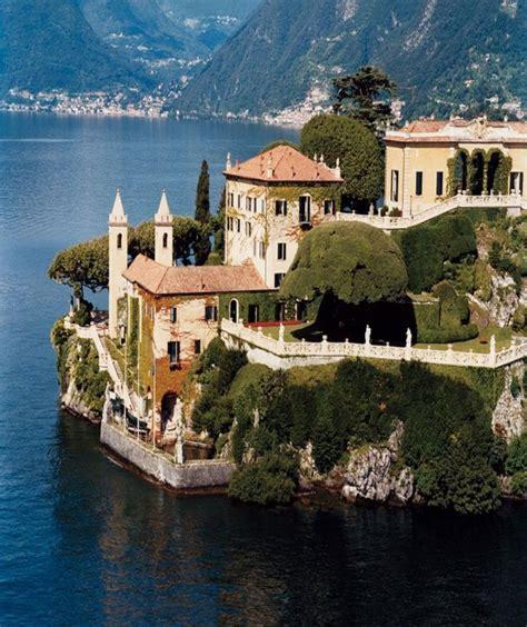 Villa Del Balbianello On Lake Como Italy Walls
