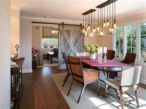 Farmhouse-Style Dining Room Lights